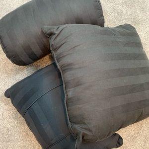 Set of three throw pillows